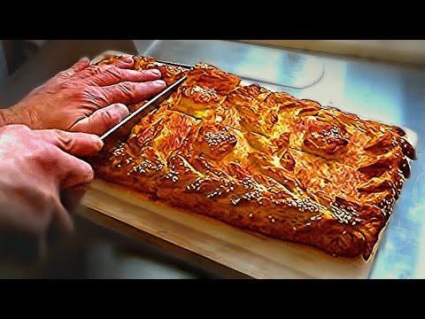 Пирог с капустой из слоеного дрожжевого теста. В 1 кг.