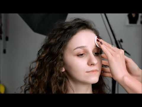Пошагово Легкий макияж с бюджетной и профессиональной косметикой