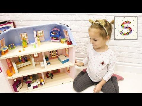 Кукольный домик Софи ставит Мебель и заселяет Большую Семью
